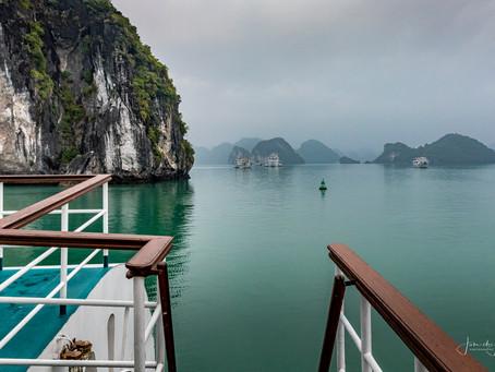 Dag 3/4 Halong Bay: 'n prachtig natuurgebied, staat op de lijst van Werelderfgoed van de UNESCO.