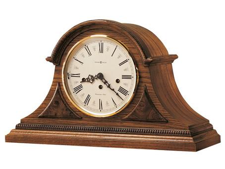 Traditional Analog Wood Tabletop Clock in Oak