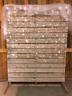 8ft x 6ft Photo Pallet Wall