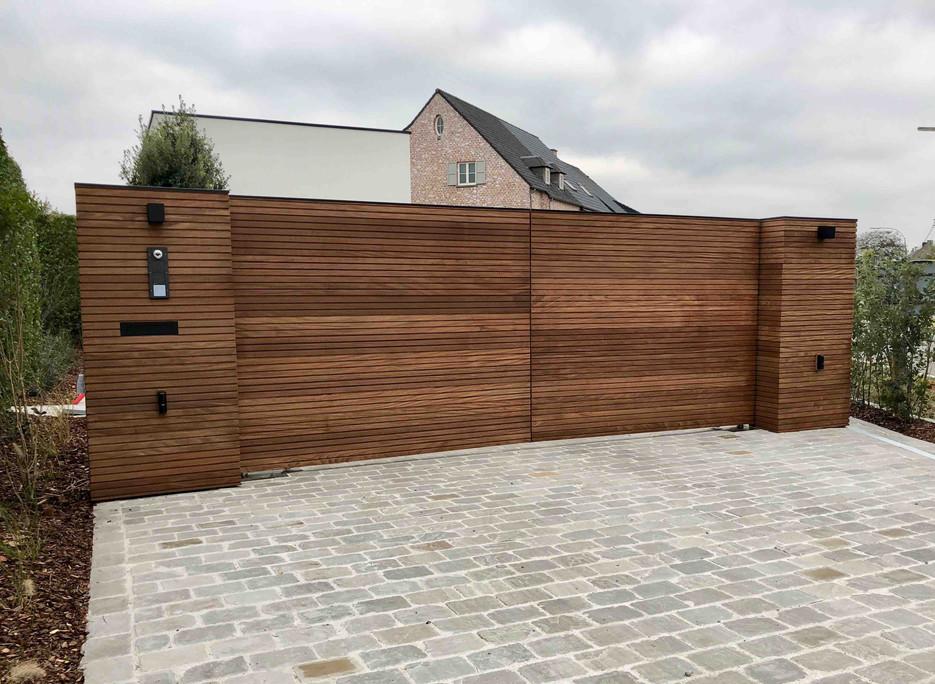 houten poort thermowood essen .jpg