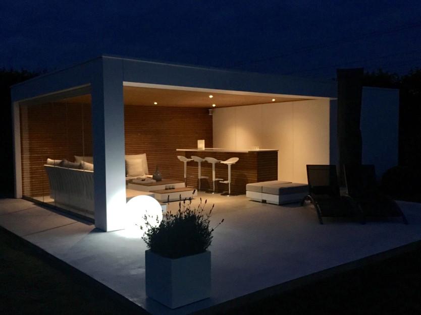 poolhouse 's avonds .jpg