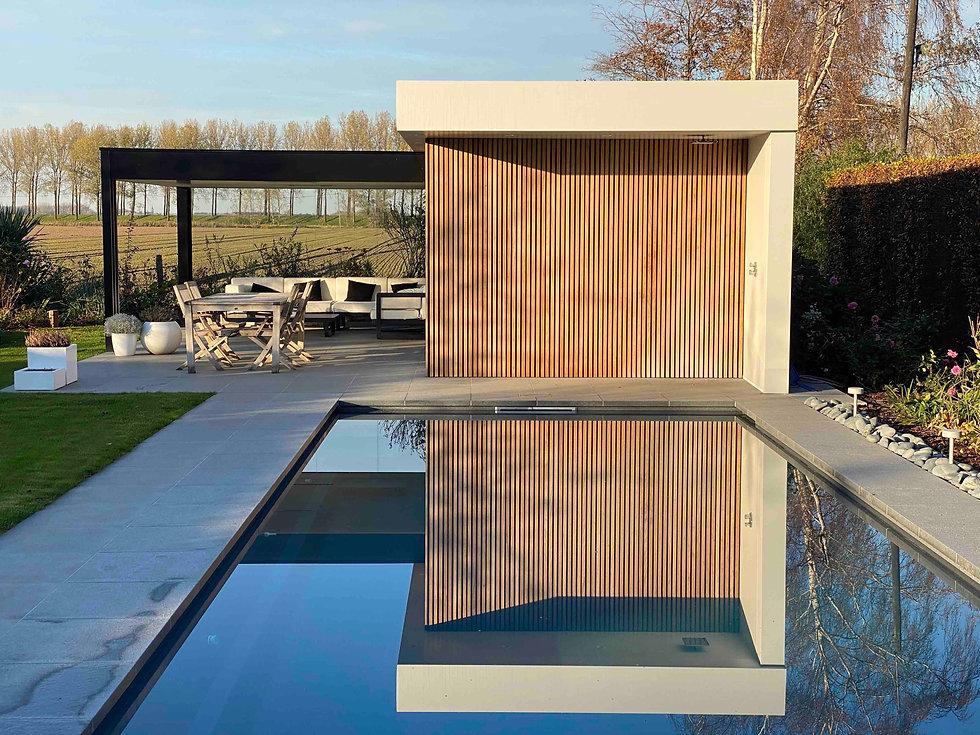 poolhouse tramontana.jpg