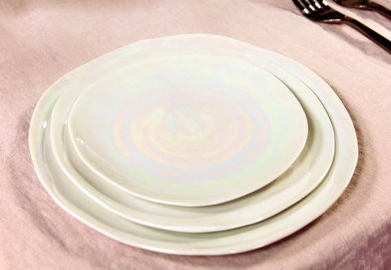 Geschirr-Set Pearl - Je Set 9,50 Euro