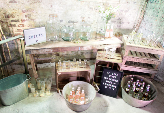Paket Limo large  (ohne Getränke) inkl. Getränkespender, Kisten, Wannen und Gläser - Paketpreis 79,00 Euro