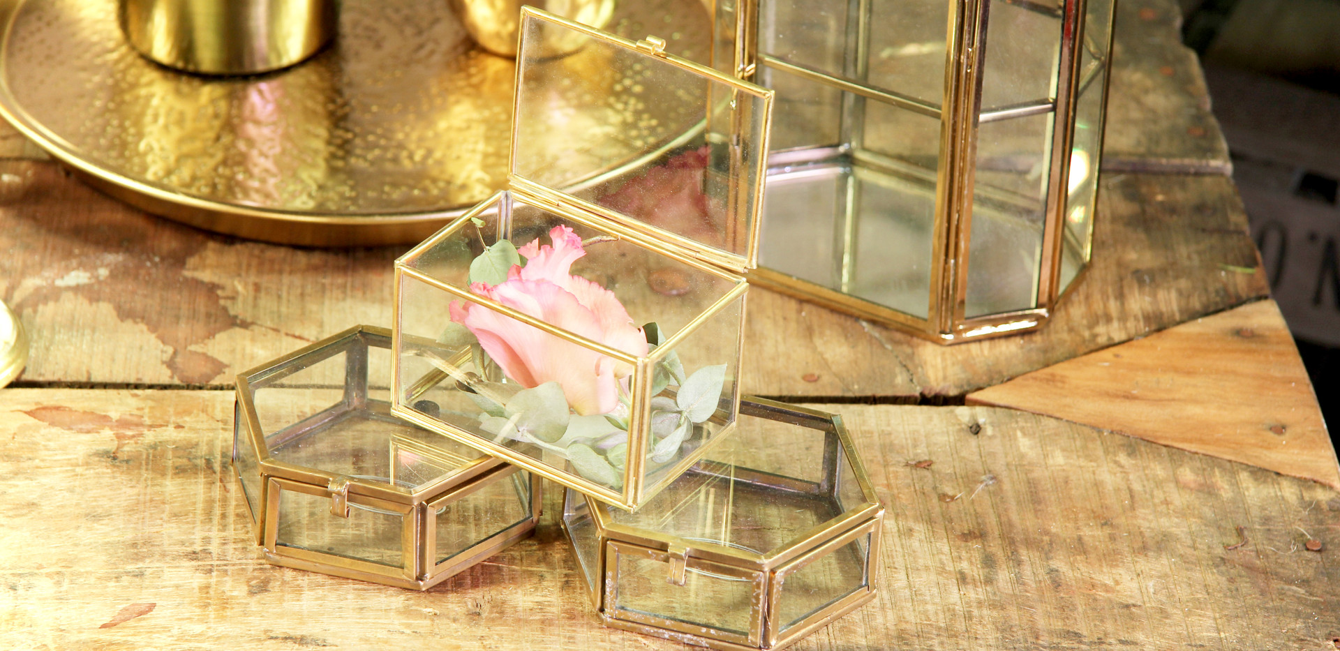 Goldene Kästchen klein - Je Stk. 1,50 Euro - groß je Stk. 4,50 Euro