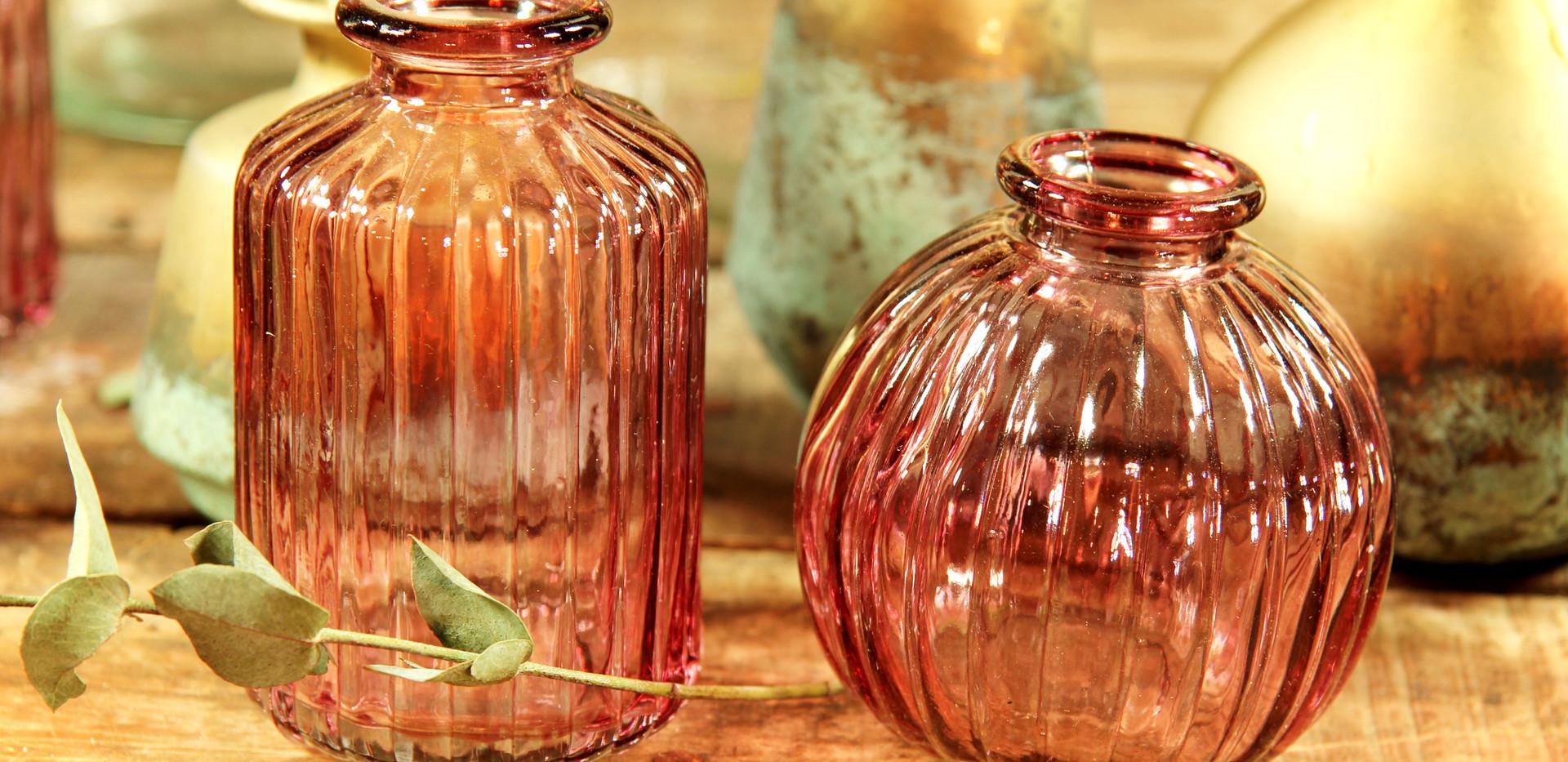 Kleine Vase rosè - Stück 0,50 Euro