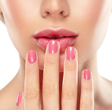 Keep your nails looking fresh when booki