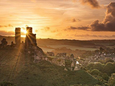Discovering Corfe Castle From The Bankes Arms Hotel