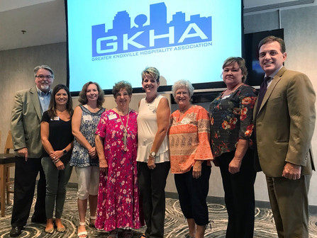 MCTA Members Attend Luncheon