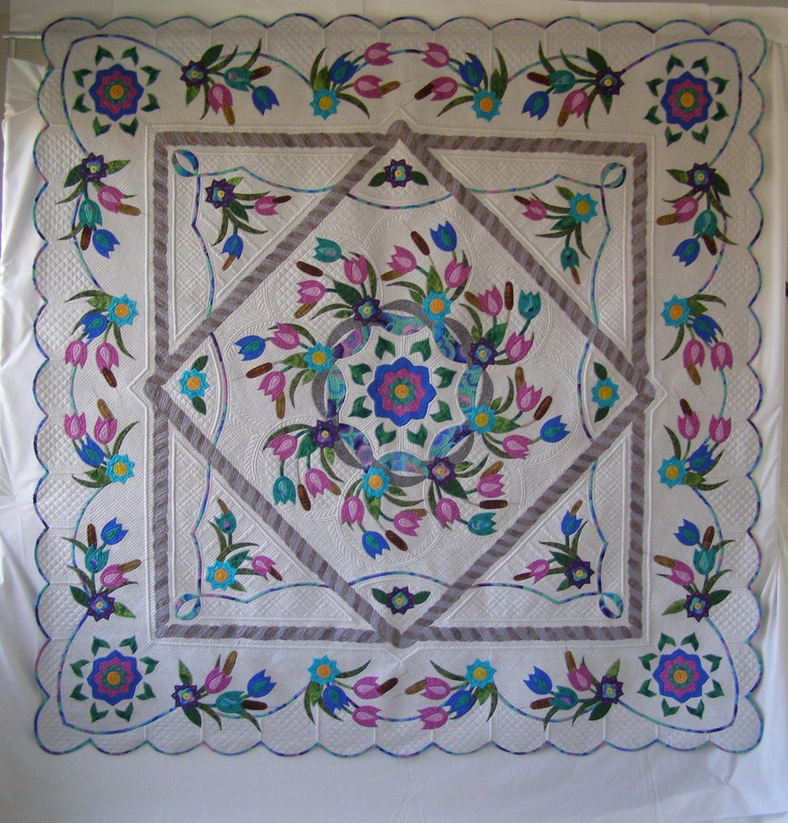 Honorable Mention - Full Size Quilts TRADITIONAL CATEGORY