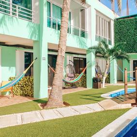 the-outdoor-pool.jpg