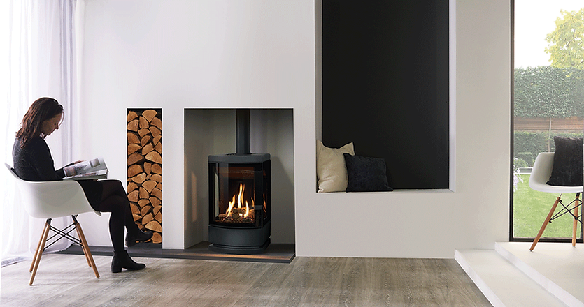 gazco Loft gas stove with Plinth.png
