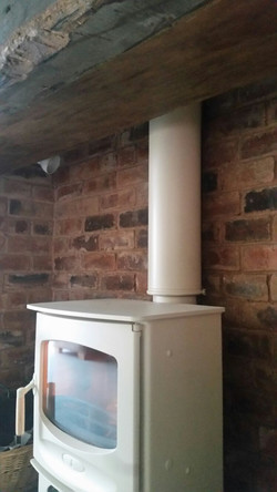 CHARNWOOD C5 IN ALMOND WITH TWINWALL