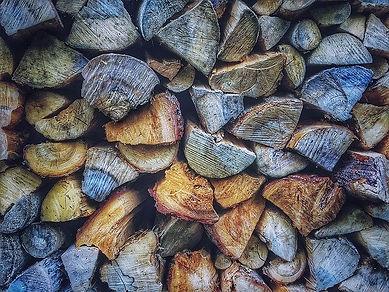 wood-1246276_640 (1).jpg