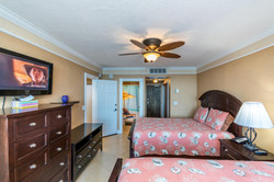 4040 Galt Ocean Dr Unit 500-large-044-48