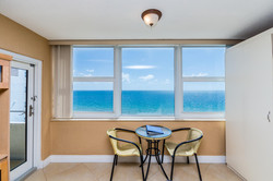 4040 Galt Ocean Dr Unit 500-large-028-27
