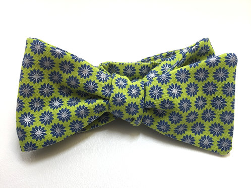 Self Tied Bow Tie #0018