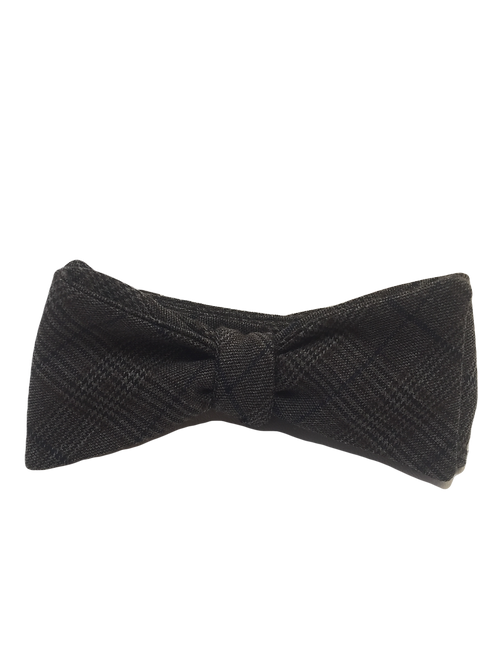 Self Tied Bow Tie #0054