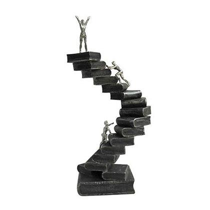 פסל מדרגות לכבוש את השיא | אש סיגרים ומתנות