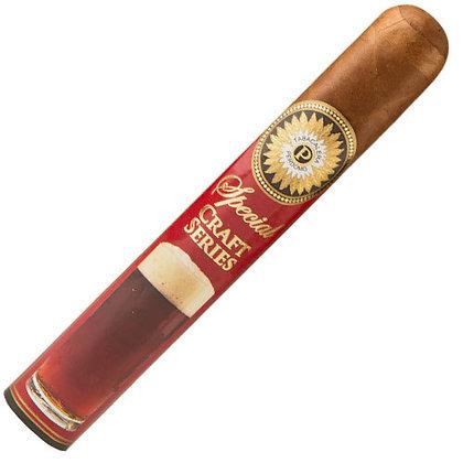 סיגרים בעבודת פרדומו רובוסטו מדורו קראפט | אש טבק וסיגרים