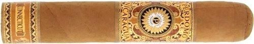 סיגרים פרדומו בעבודת יד מניקרגואה | אש טבק וסיגרים