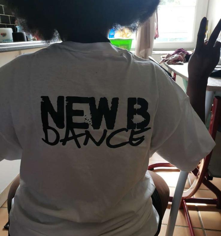 T shirt New B Dance Mtl.