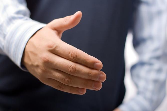 Prenez soin de vos ongles le Loft Bar à Ongles