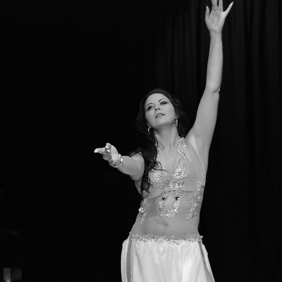 Safka Bellydancer in Kent