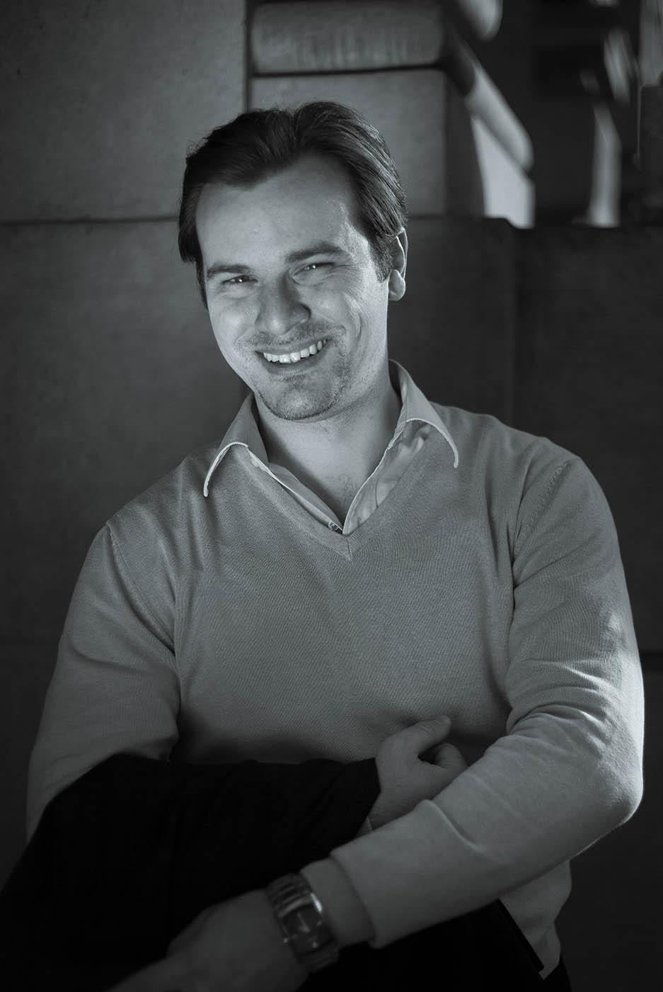 DANY J.