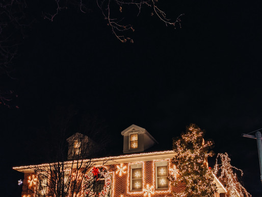 Info Series : Why You May Need New Circuit Breakers for Christmas Lights