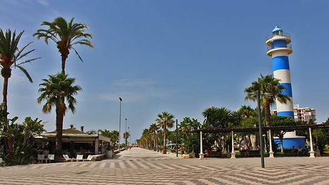 paseo-maritimo-torre-del-mar-3.jpg