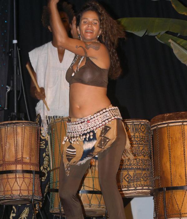 Malaika Darville live performance