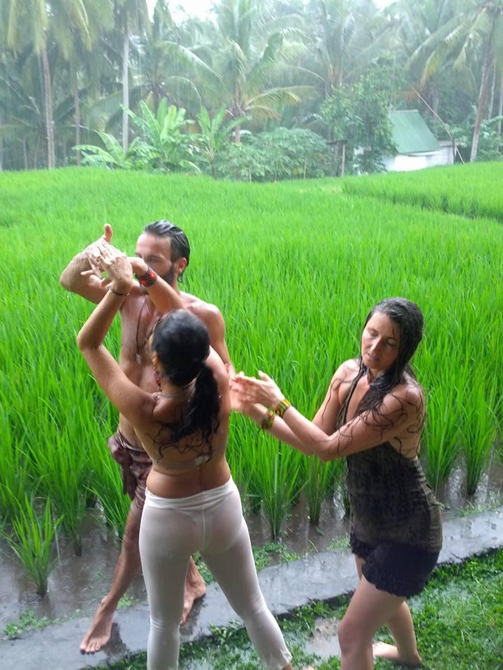 Dancing in rain, Bali