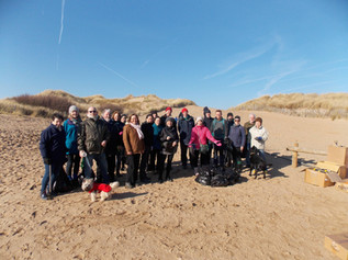 Victoria Road Beach, Formby gets a clean up as local volunteers help turn the tide on litter