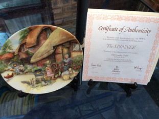 For Sale: Commemorative Plates full set of 12 limited edition Plates