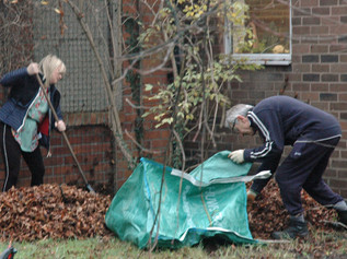Formby Rotary Club host district governor visit and tackle some gardening!
