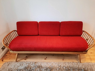 Ercol Studio Couch/Daybed - For Sale