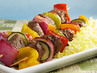 Juicy beef kabobs with bell peppers, oni
