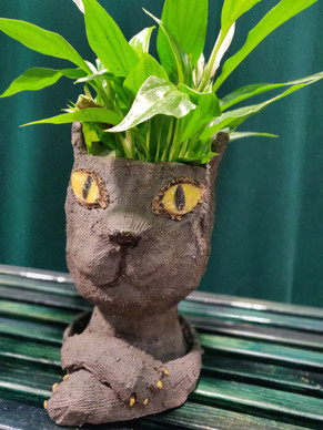 Feline planter with tray, SOLD