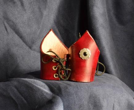 Red V-Cuffs w Black Stone