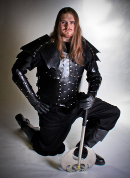 Men's Armor with Bracers