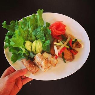 ◆5/26 『旅するおうちご飯cafeNAVY出張篇』〜SHIORIのエスニック料理で初夏の夕べをご一緒しませんか〜
