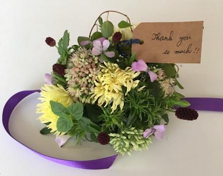 ◆9/17 おじいちゃんおばあちゃんに手作り和菓子とお花を持って会いに行きませんか?ワークショップ♪