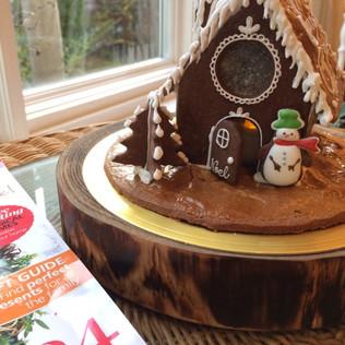 ◆12/3 cafeNAVYスーパーパティシエと作るヘクセンハウス(お菓子の家)作り