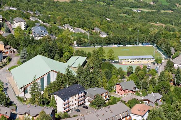 Campo da calcio e Palazzetto