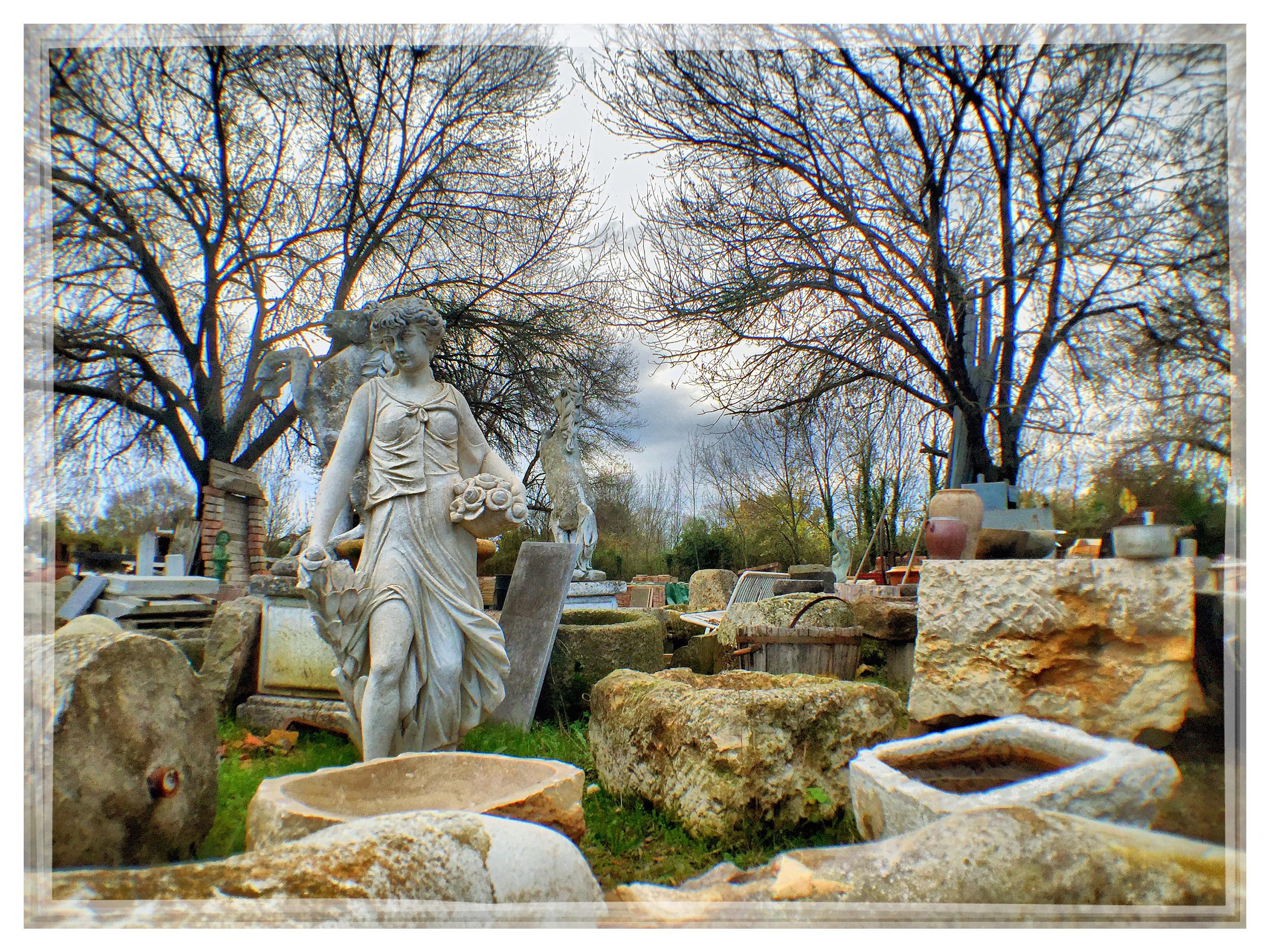 Statues et décoration