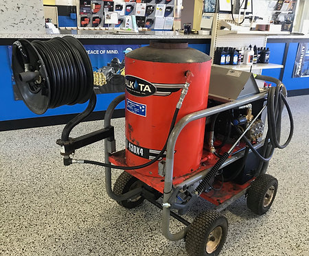 Hot Water Pressure Washer 4GPM 3000PSI #011