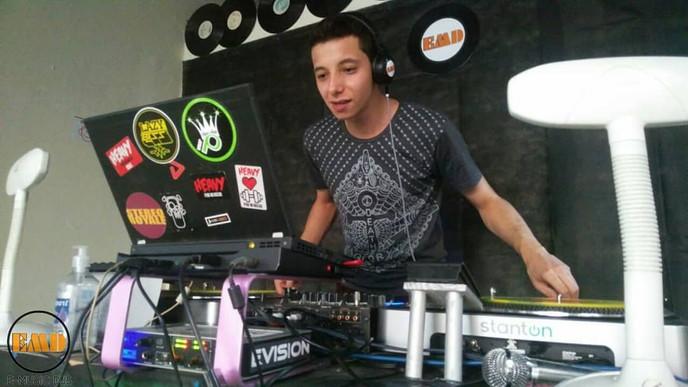 DJ Jhownee na pista da EMD