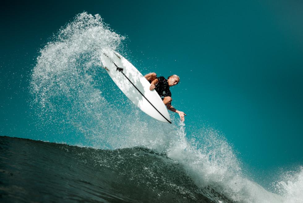 SURF RELIGION