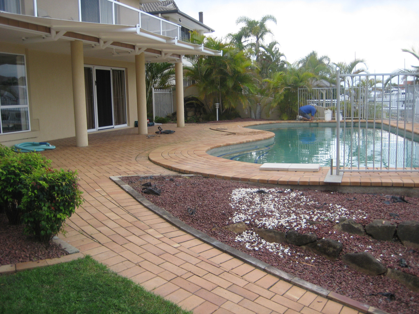 Raby Bay award winning pool before works